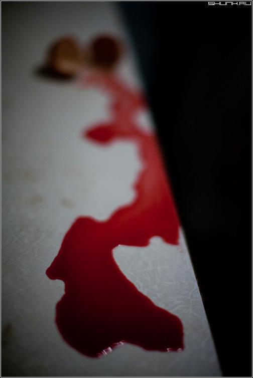 Источник жизни - яйца кровь яйцо стол кухня натюрморт фото фотосайт