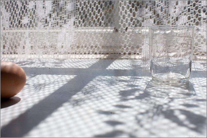 Найди стакан... - стакан яйцо натюрморт светлое солнечный свет фото фотосайт