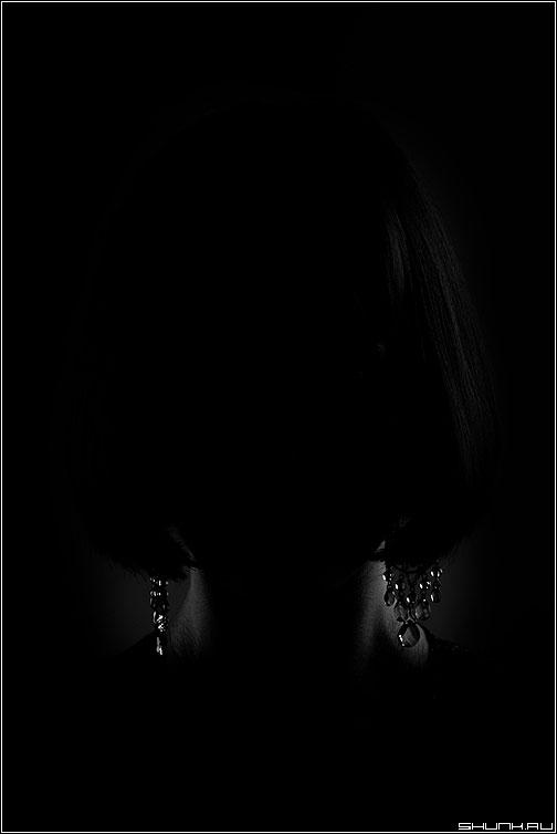 * * * - портрет украшения черное чёрнобелый веро фото фотосайт