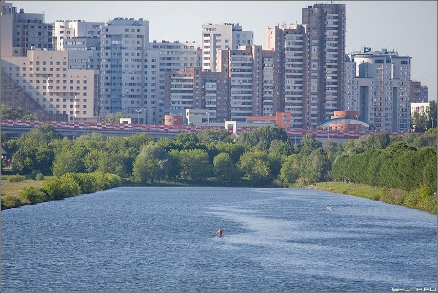 Плыть - город река канал крылатское дома строения фото фотосайт