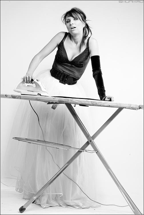Предсвадебное - студия доска утюг платье портфолио визаж макияж чёрнобелое фото фотосайт