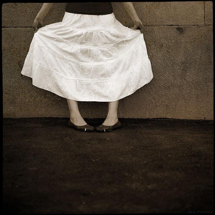 Юбочка из плюша - анна юбка стена асфальт обработка среднийформат фото фотосайт