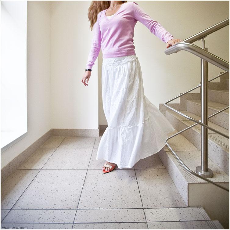 Офисно нежное - платье юбка светлое нежное лестница квадратное офисное фото фотосайт