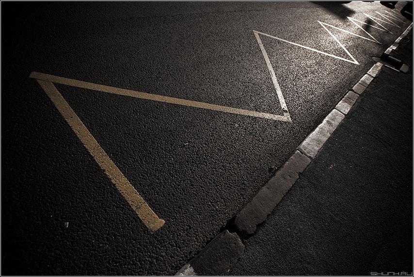Строчка - остановка разметка строчка макро мир дорога свет фото фотосайт