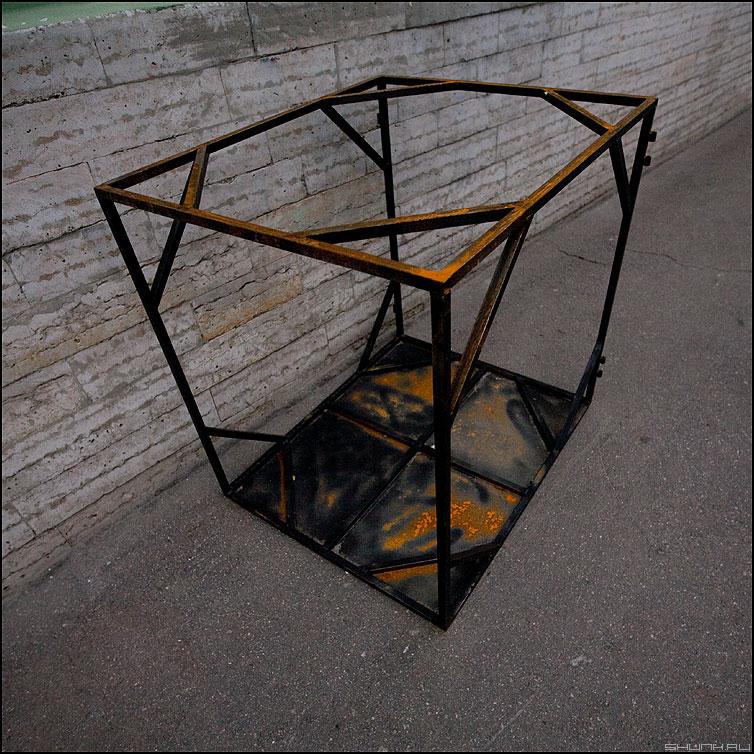 К топологии трехмерного пространства - куб пространство ржавчина квадратное теорема фото фотосайт