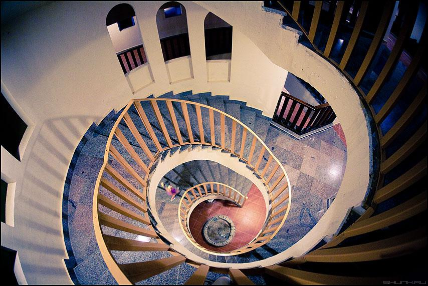 Архимедова спираль - спираль лестница отель перила египет цвета теорема фото фотосайт