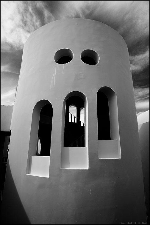 Зубастик - предрассудок архитектура египет чёрнобелое небо обработка фото фотосайт