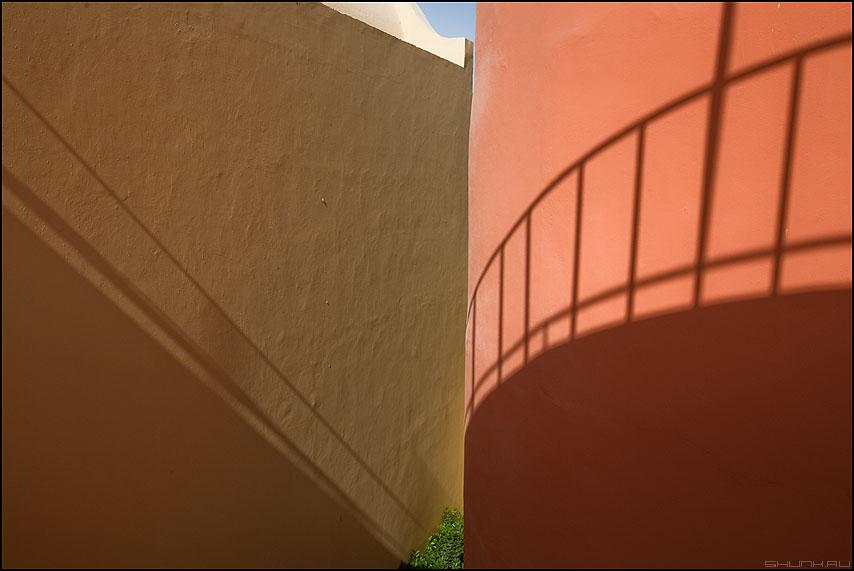 Один из лучших видов из Отеля - египет стены тени небо зелень отель цвета фактура фото фотосайт