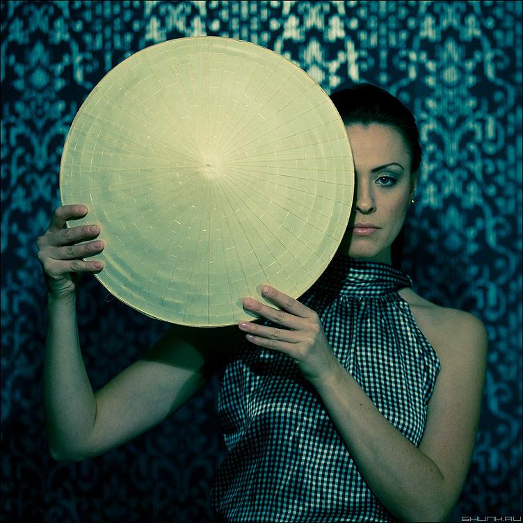 КРУГ - круг студия девушка квадратное студийное лена фото фотосайт