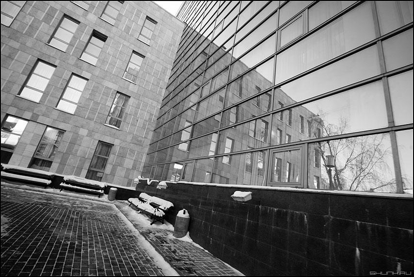 Теоремы о парах - теорема отражение прямые окна архитектура черно-белое фото фотосайт