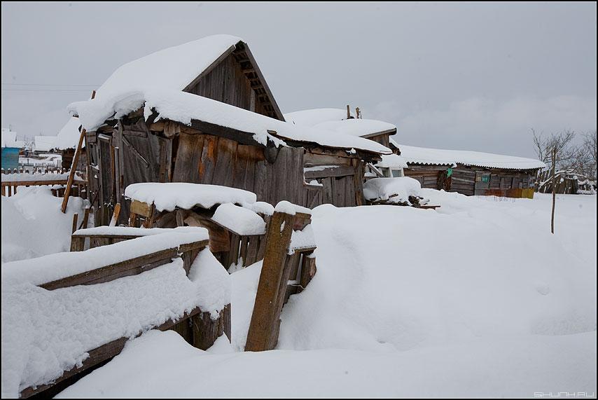 Сельская архитектура - деревня крюково архитектура зима снег сараи фото фотосайт