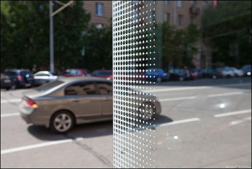Преодоление звукового барьера - уличное автомобиль остановка точечки фото фотосайт