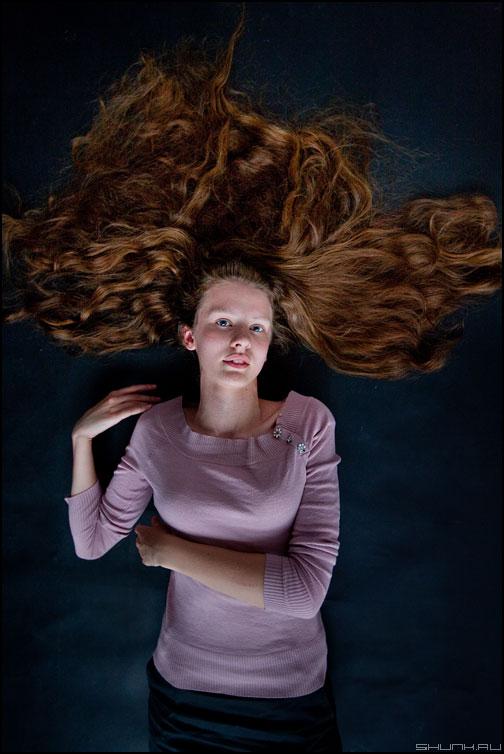 Статика - маша студия кома портрет волосы взгляд студийное обработка фото фотосайт