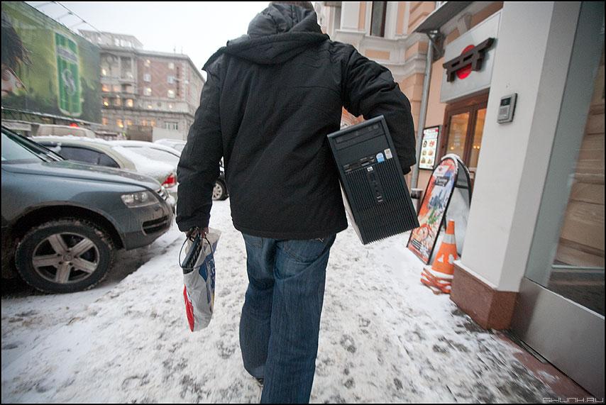 Коллега по цеху - хулит одмин компьютер уличное паккард фото фотосайт