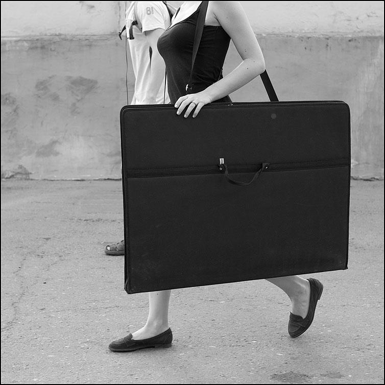 Планшет - ноги планшет девушка квадрат обезглавленная фото фотосайт