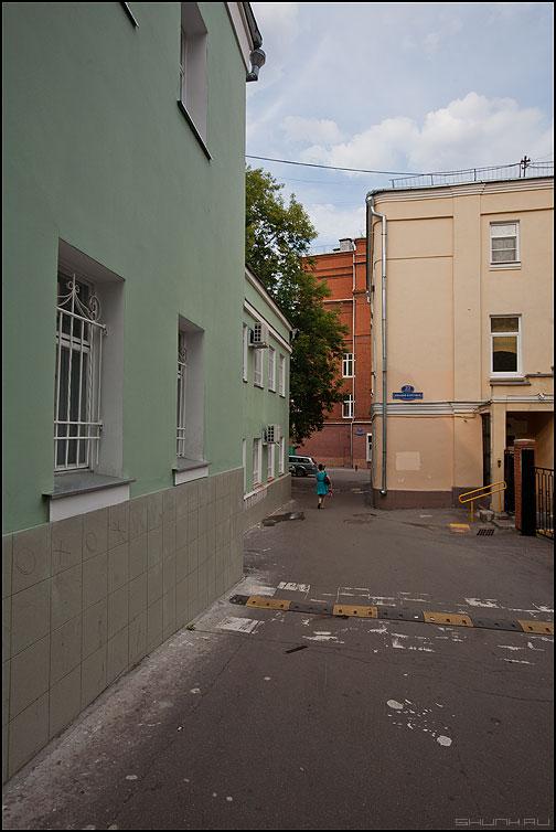 Где мой черный пистолет - каретный домики уличное дома фото фотосайт