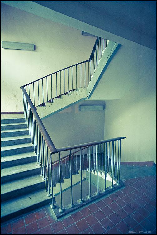 О падающей лестнице, теореме Коперника и об астроиде - теорема лестница элементы здание обработка фото фотосайт