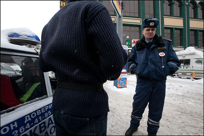 Театральные будни представителя власти - полиционер профессия гибдд уличное фото фотосайт