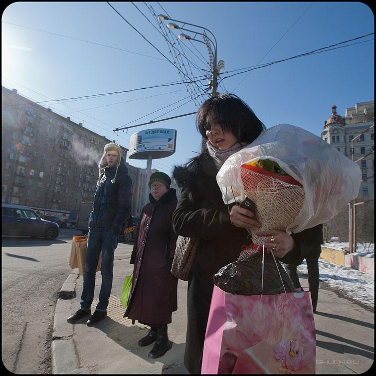 Восьмоемарта - март вочьмое квадратное девушка цветы переход фото фотосайт