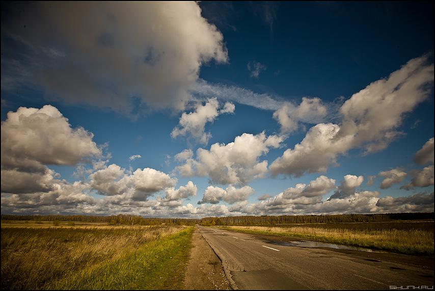 Небесно-полевое - небо поле деревня подмосковье облака фото фотосайт