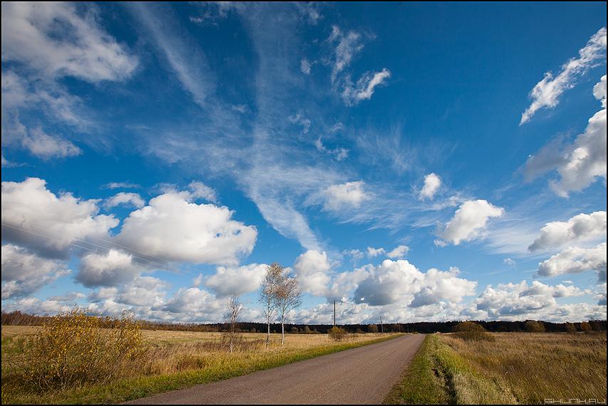 Небо над Александровкой - небо облачка лайтрум обработка дорога фото фотосайт