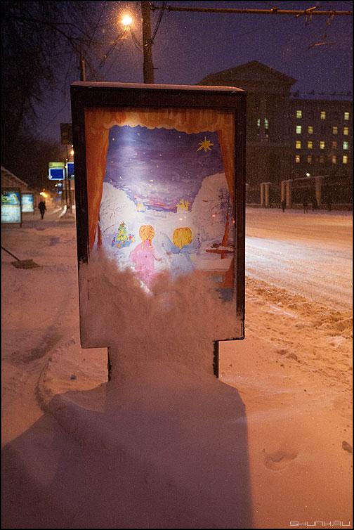 Ангелы - реклама снег уличное петровка ангелы фото фотосайт