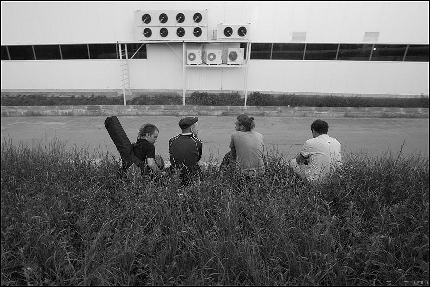 Ранние Битлз - чернобелое группа музыканты кондеи фото фотосайт