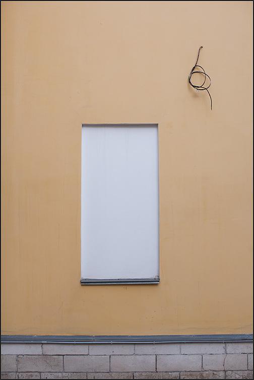 Петелька - петля стена элемент фото фотосайт