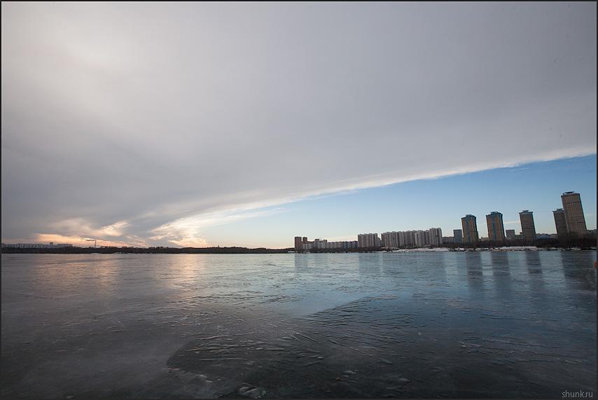 Строгинское небо - небо лед зима дома фото фотосайт