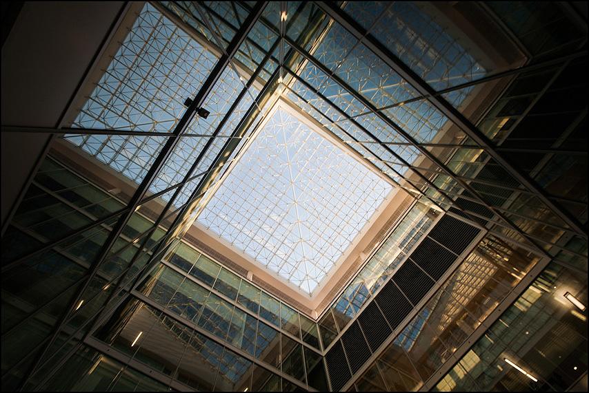 Матрица - офис линии геометрия пространство теорема фото фотосайт