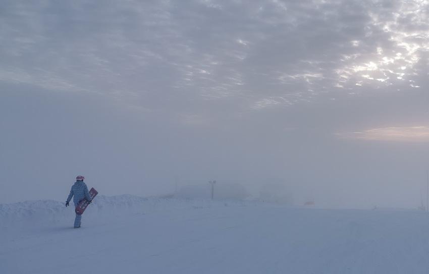 В туман - горы леви зима 2020 горнолыжный кататься туман фото фотосайт