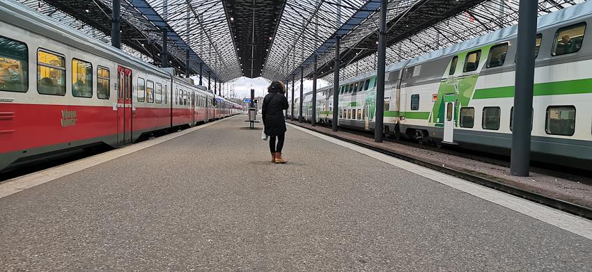 Вокзальное - вокзал хельсинки поезда одна ушел остаться