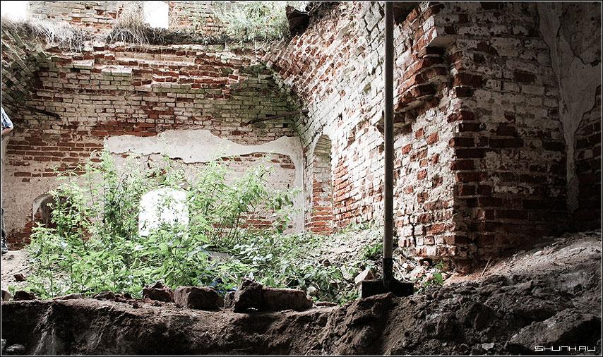 Перерыв - церковь восстановление храм фото фотосайт