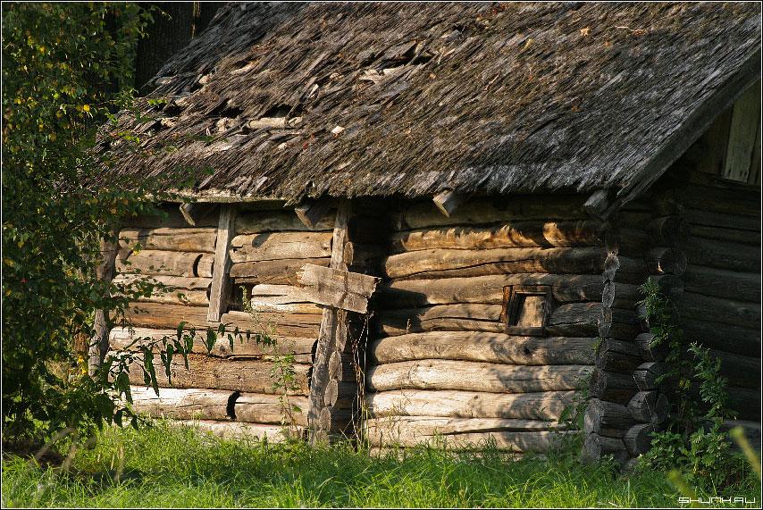 Дом с дранкой - дом старый дранка фото фотосайт
