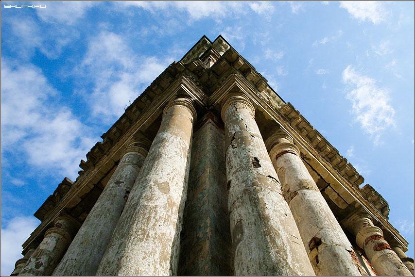 Колонны Храма - храм колонны верея фото фотосайт
