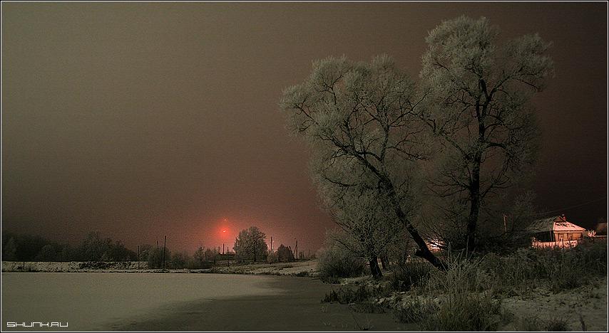 Там вдали за рекой... - зима деревня пруд дерево огни фото фотосайт