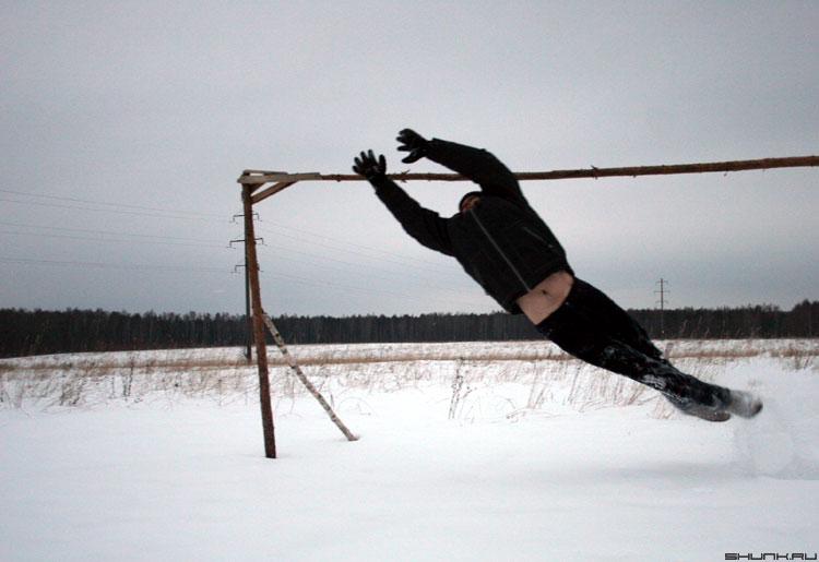 Вратарь - прыжок вратарь люди фото фотосайт