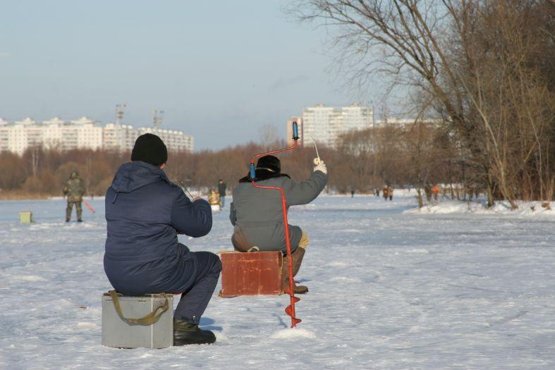 Рыбаки ловили рыбу... - зима рыбаки зимняя рыбалка фото фотосайт
