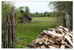Как хочется там оказаться - поле дом забор дрова деревня